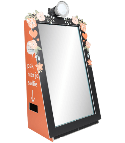 photo mirror with branding