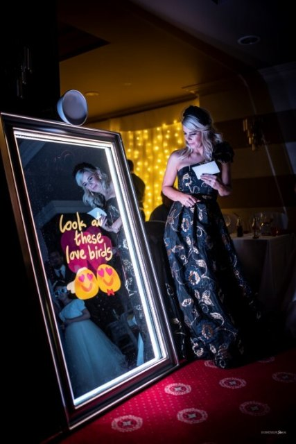 rent photo mirror wedding