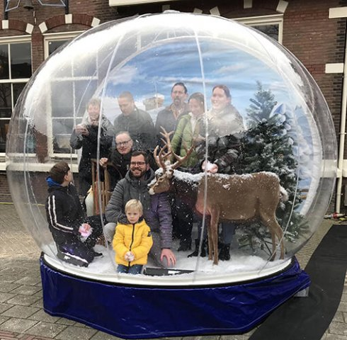snowglobe photobooth