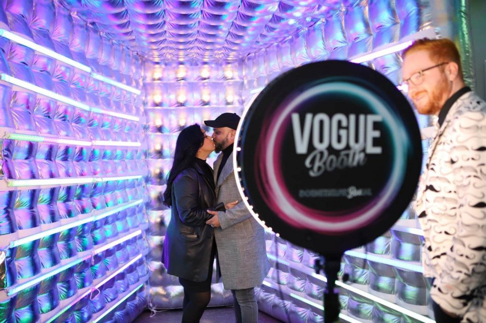 vogue booth photo entertainment